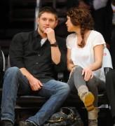 Nov 24, 2010 - Danneel Harris and Jensen Ackles at Lakers Game in Los Angeles B4df52108348246