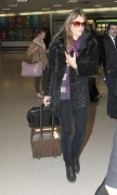 Элизабет Харли, фото 2314. Elizabeth Hurley arriving to Newark Airport in New Jersey, January 23, foto 2314
