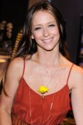 Jennifer Love Hewitt - Kari Feinstein's MTV Movie Awards Style Lounge 06/01/12