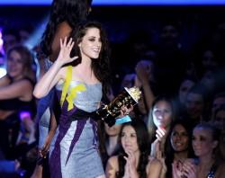 MTV Movie Awards 2012 79ea8a194021622